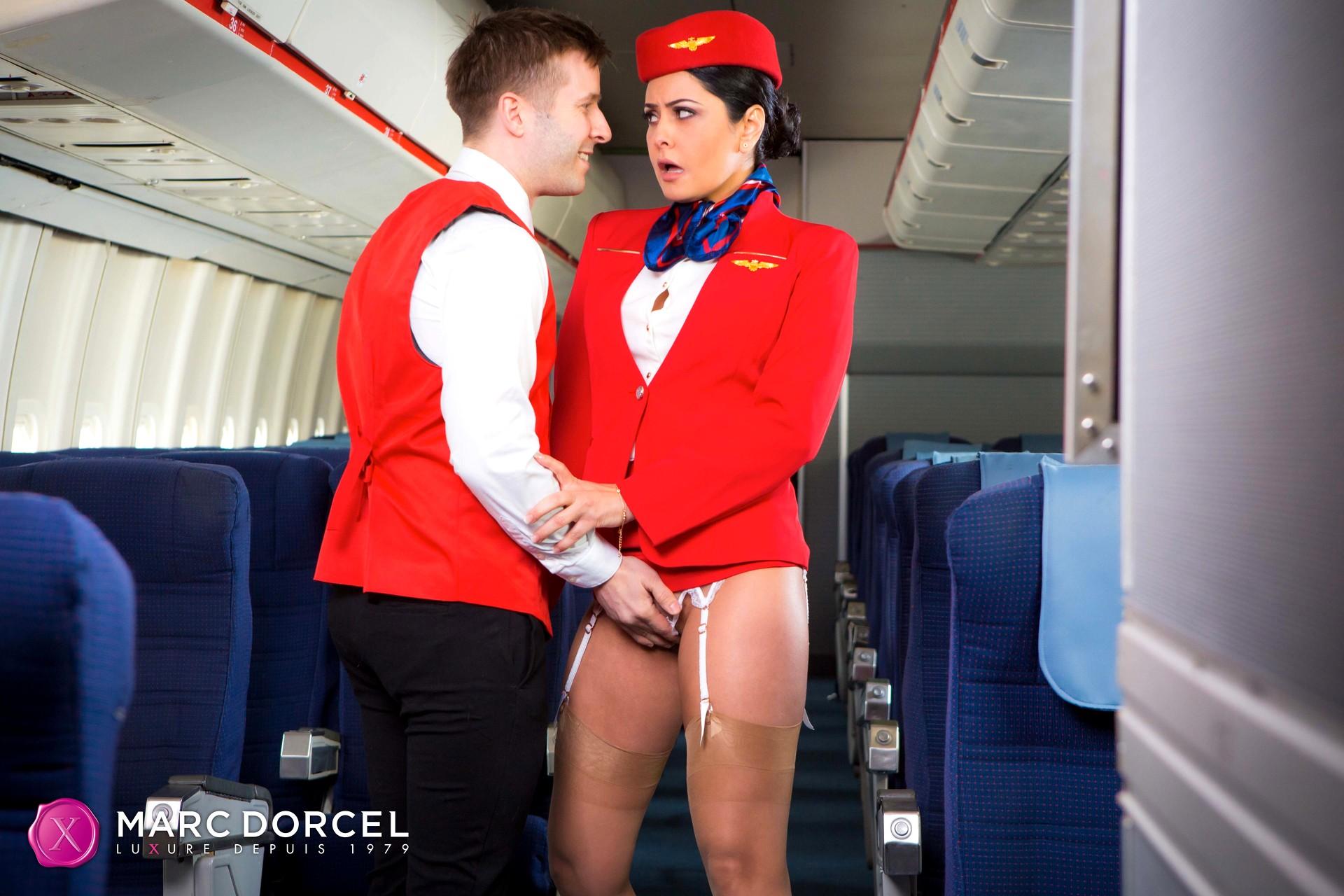 фильмы ххх стюардессы
