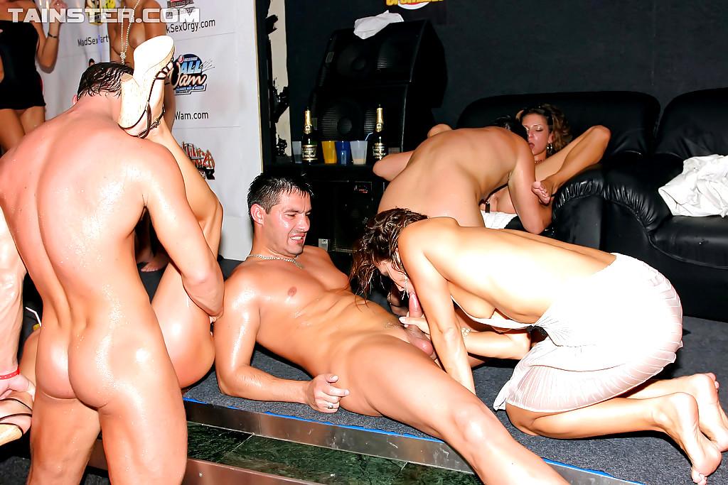 drunksexorgycom - Drunk Sex Orgy
