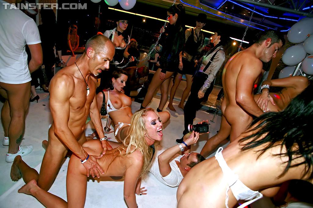 Секс Вечеринки