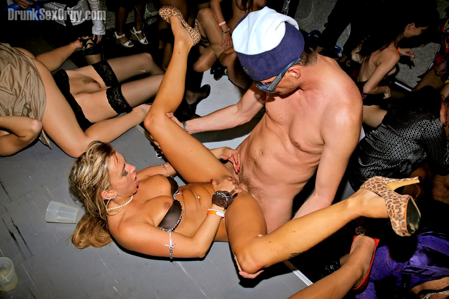 Phrase torrent bachelor party orgy something