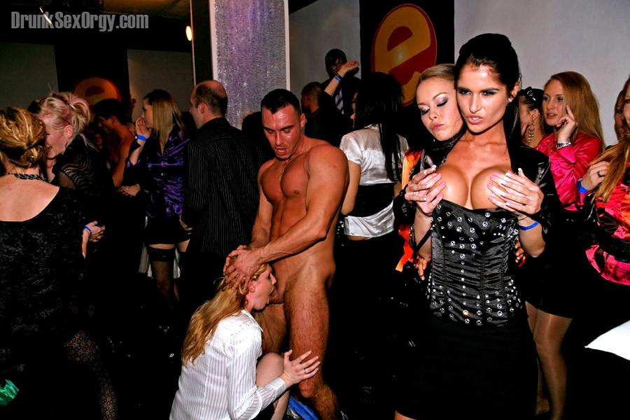 Wild Orgy, Porn Galery