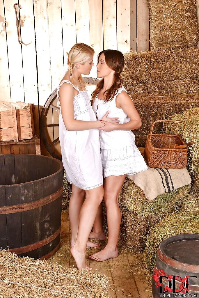 Sex HD MOBILE Pics Euro Girls On Girls Sweet Cat Alyssa ...