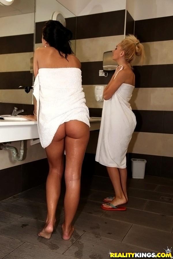 sexhd gallery eurosexparties mia manarote deluxe shower sugar porn mia manarote 10