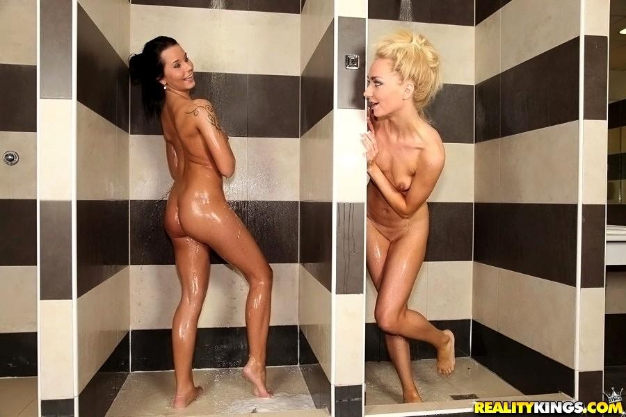 sexhd gallery eurosexparties mia manarote deluxe shower sugar porn mia manarote 9