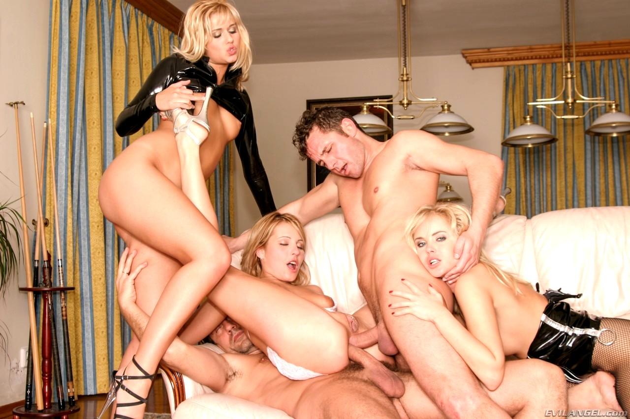 секс группой онлайн-фв1