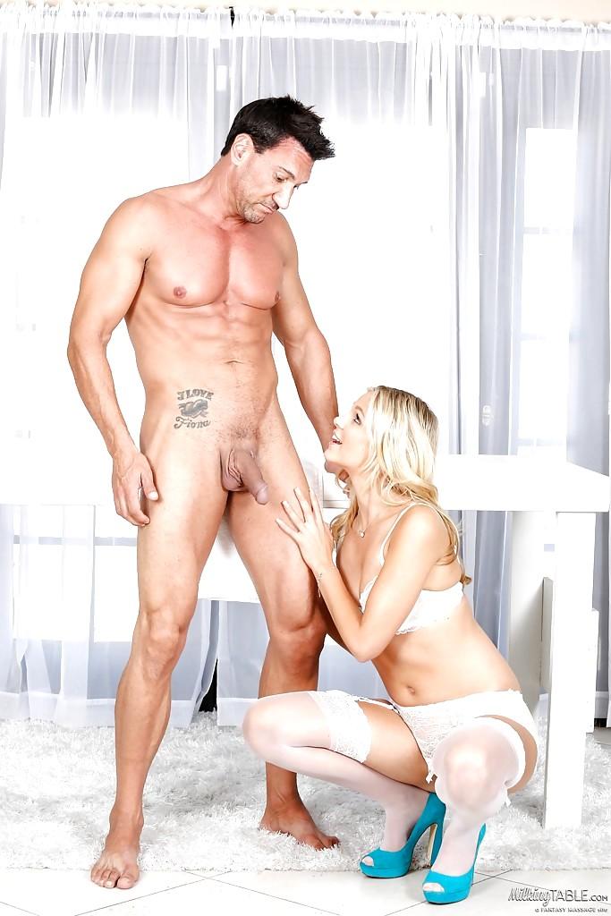 Jenni pulos nice boobs