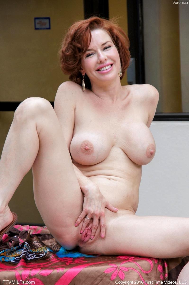 Beautiful mature women milf
