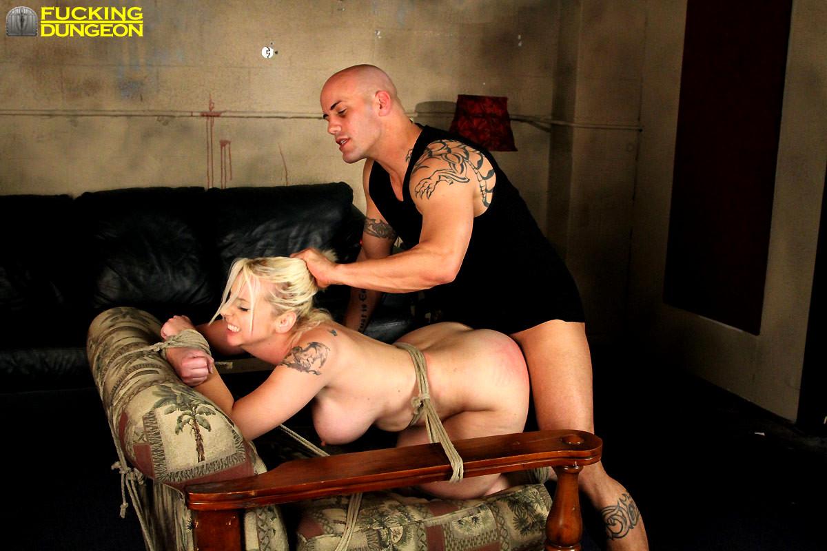 Bondage Sex Dungeon Ebony Slave Escort Aprendo Y Emprendo