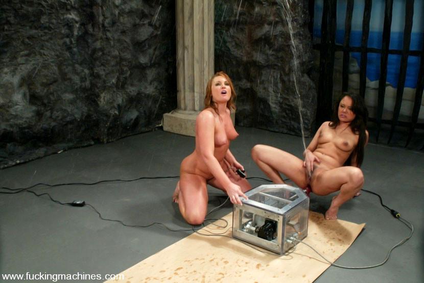 Transsexual Midgets Scene 1