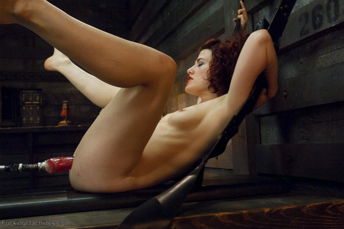 sunny leone varmt videoer sex dukke livet størrelse