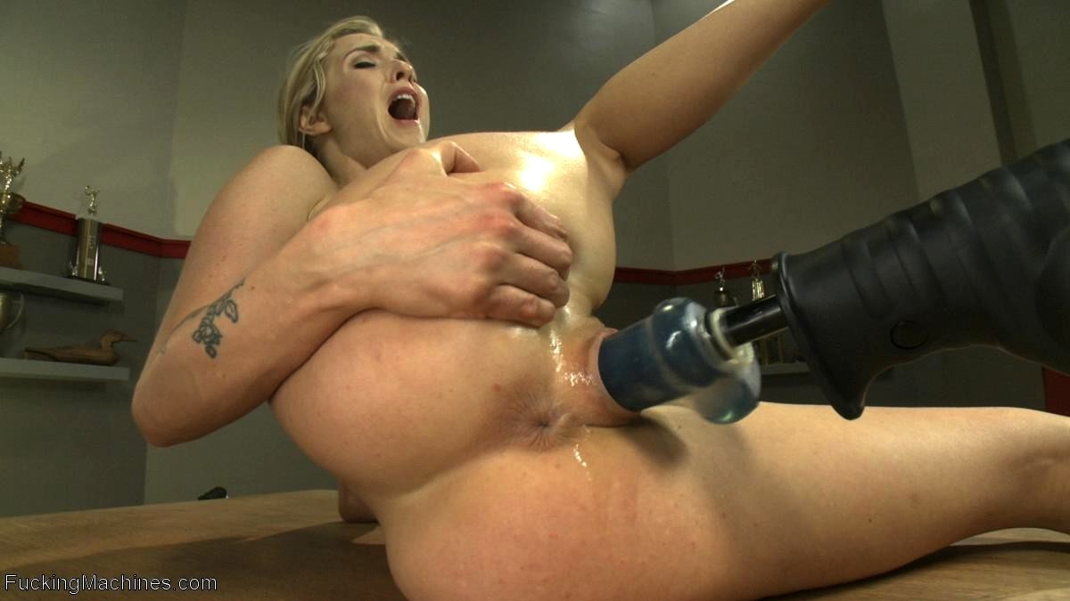 Milf In Stockings With Fucking Machine