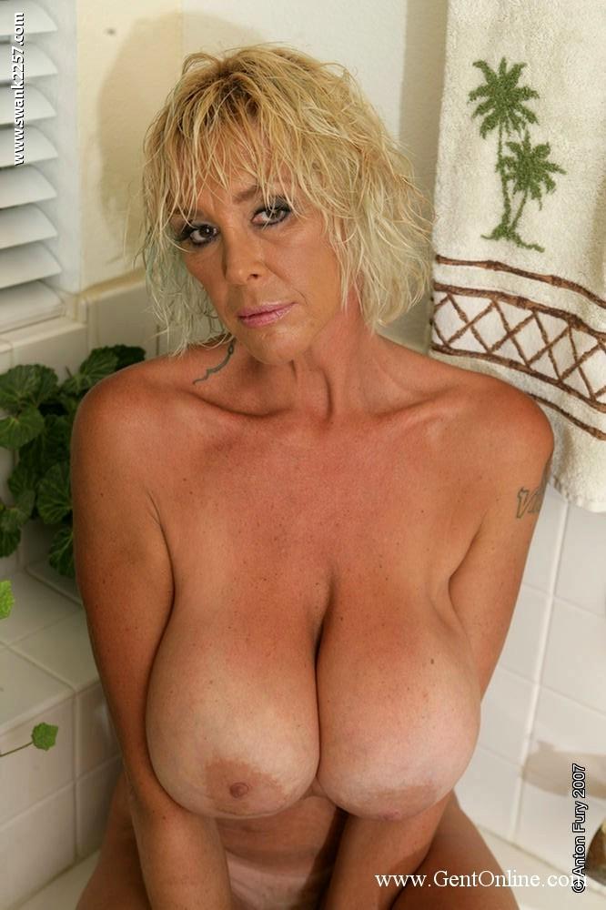 Gent Burbank Bombshell Cutest Big Tits Pornpicture Sex Hd Pics-2066