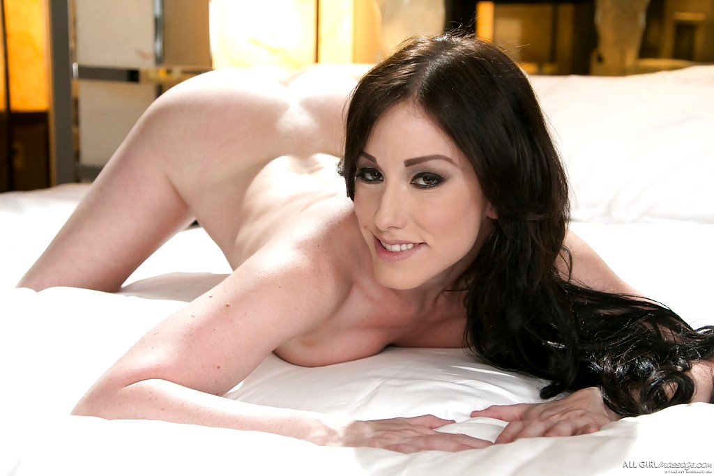 Jennifer White 7