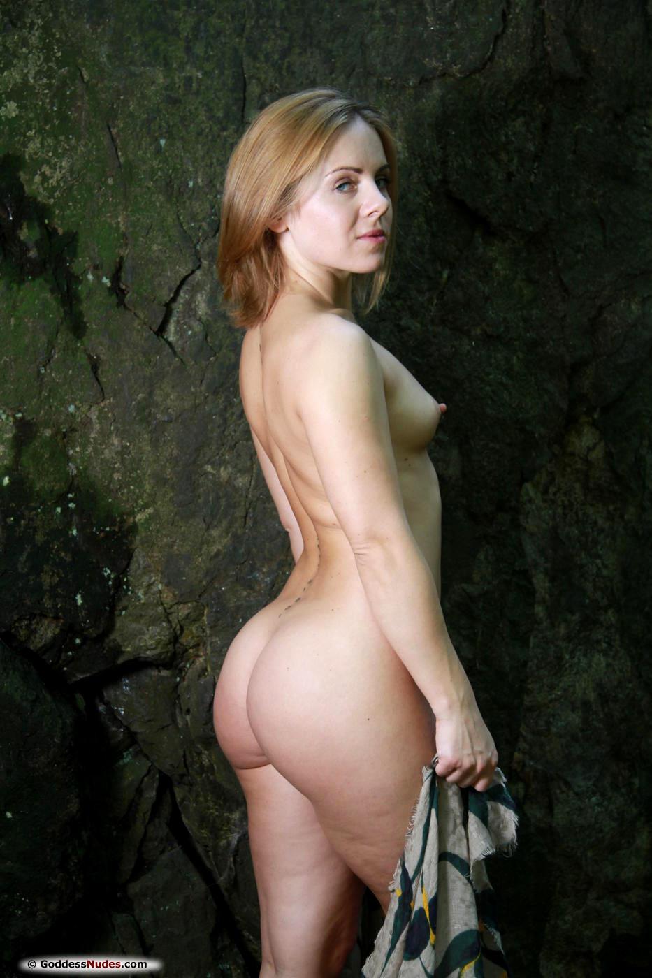 модели студии goddess nudes