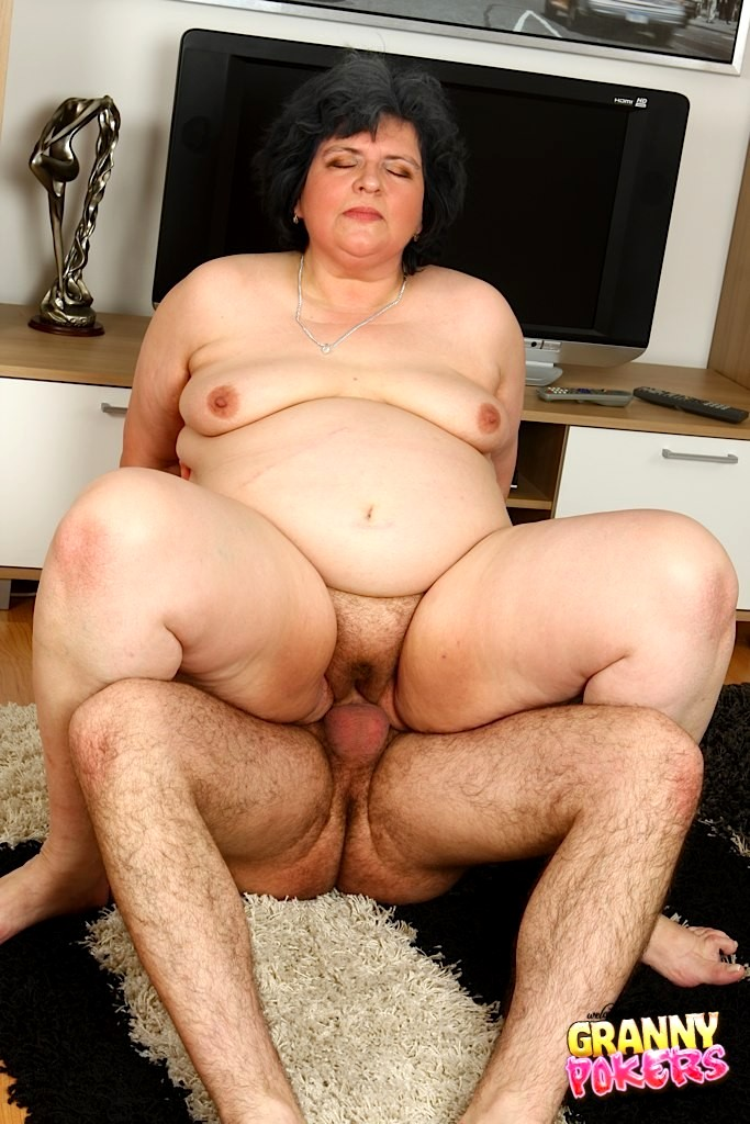 Hairy fat pussy sex