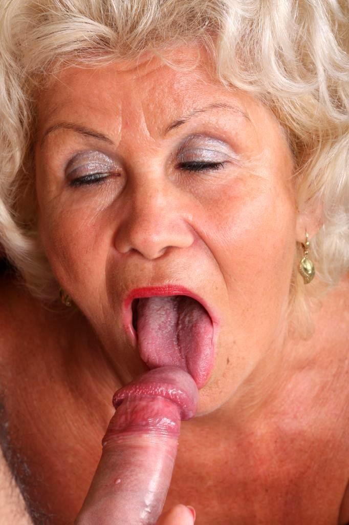 Andrea grandma cum