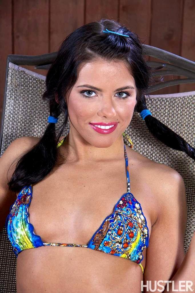 Adriana Chechik 8