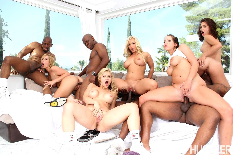 Swinger Orgy Party