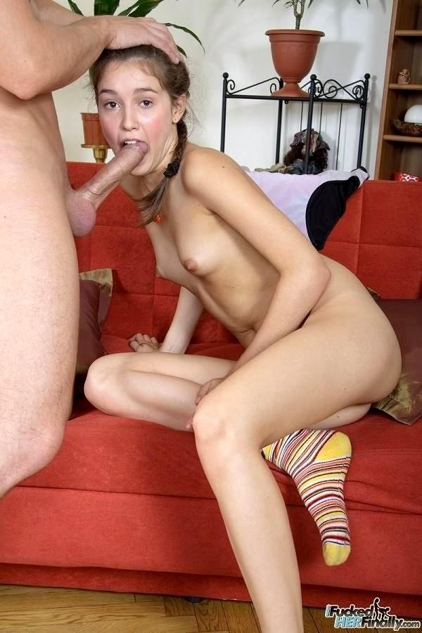 dasha-nonats-porno-fotografii-krasivih-parney-na-prirode