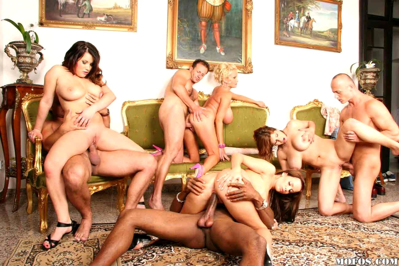 Mass orgy video — pic 2