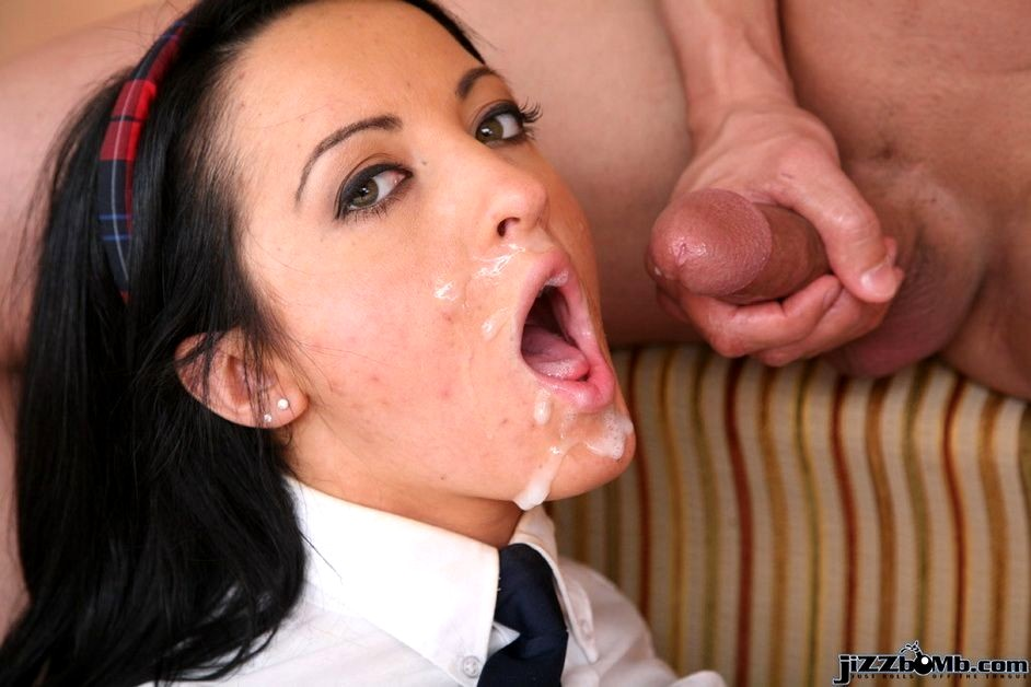 Athletically built stud acquaints charming busty brunette in pink fishnet cutie regan reese with big his massive snake