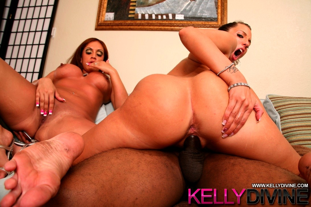 Kelly divine in her first sex tape xfantasy