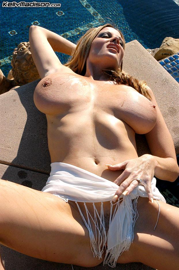 Girl loses top in water