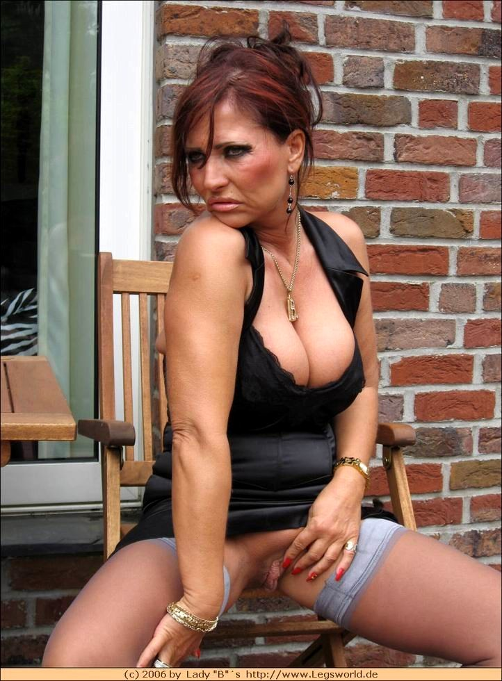 sexy puerto rican girl gets hardcore fucked