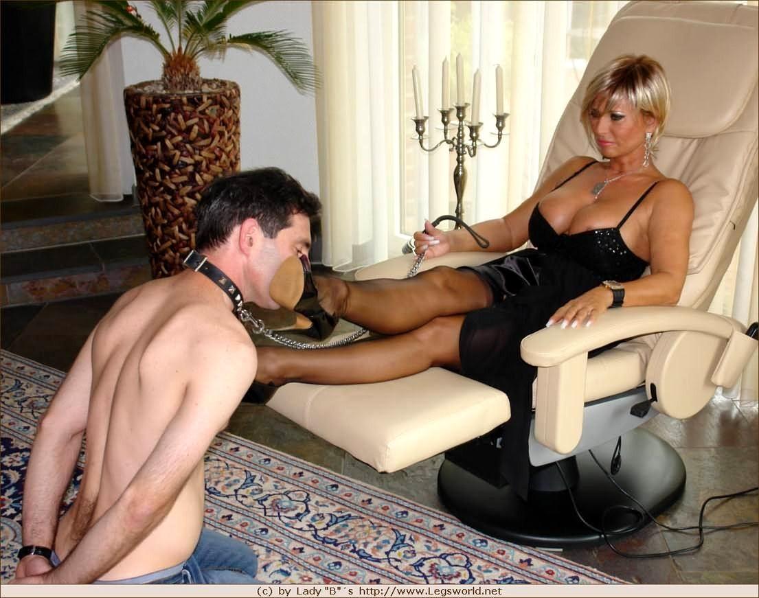 Bobby mom in rubber by rubberasylumdr on deviantart