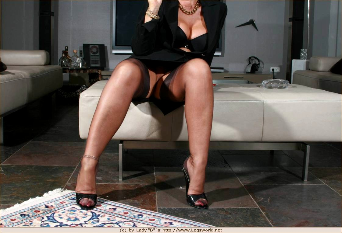 hot nude smooth black girls