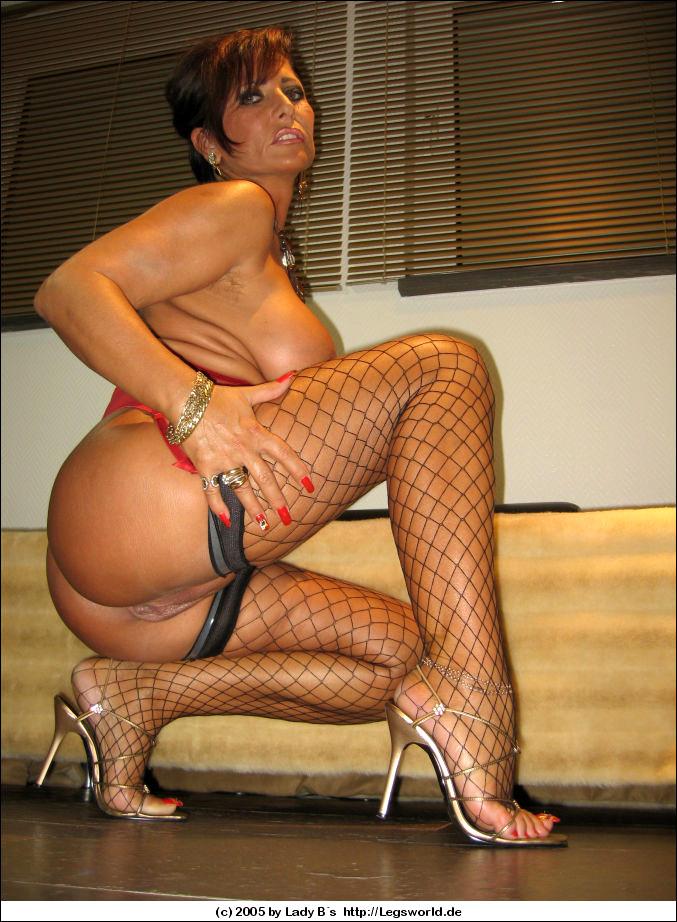 lady b sex mature