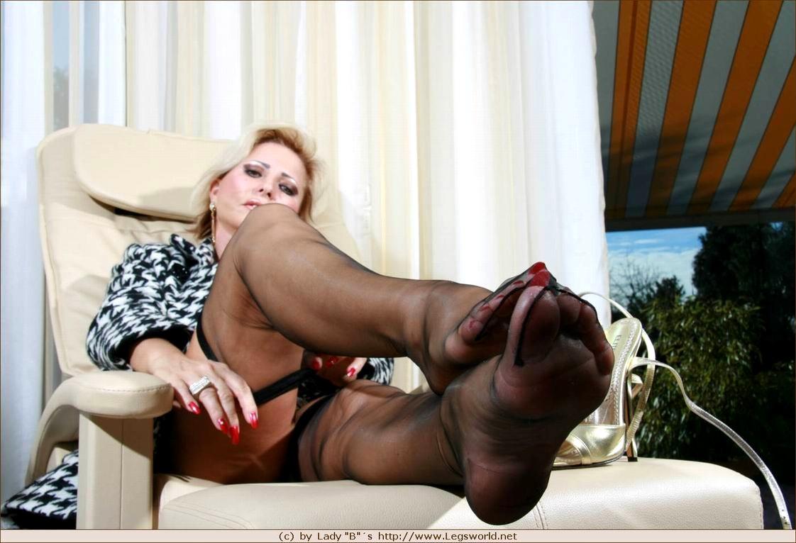 legs skirt pantyhose