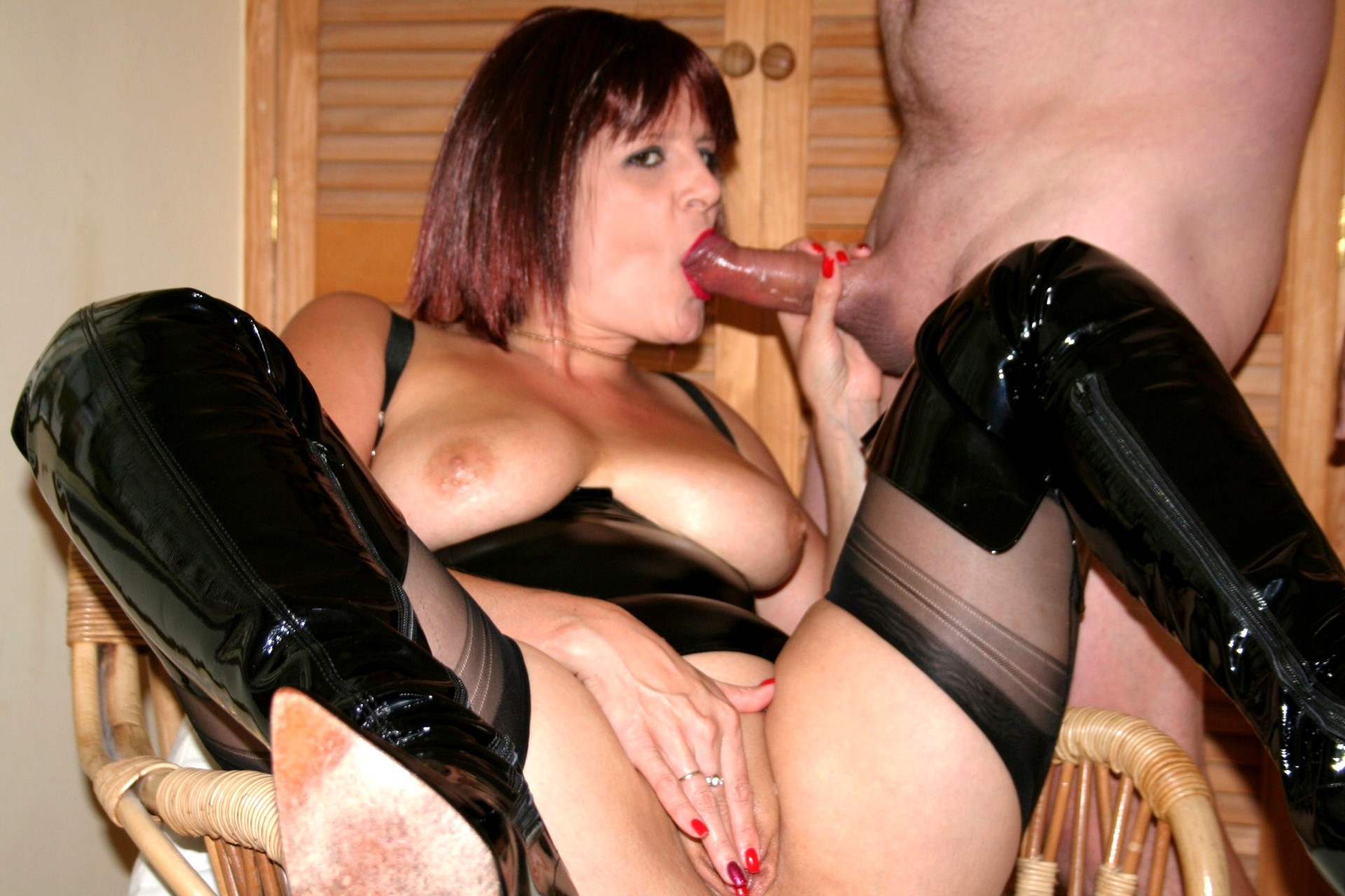 milf sex with kinky boots