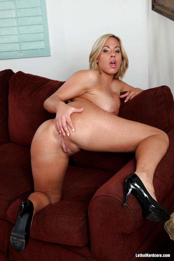 Lethal Hardcore Olivia Austin Paradise Busty Wiki Sex Hd Pics-5015