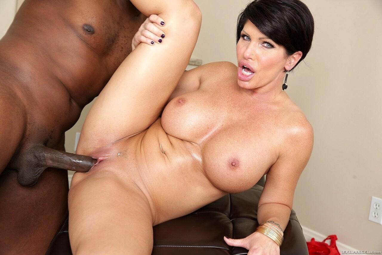 Black milf ebony porn actress fucking on pornpics