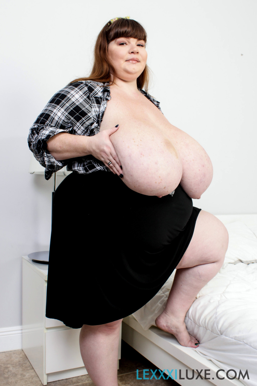 Black ssbbw cotton candi ass