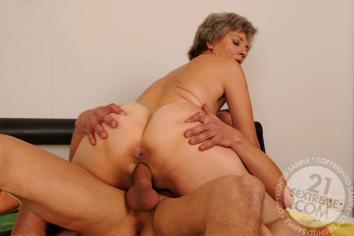 mature women anal with boy
