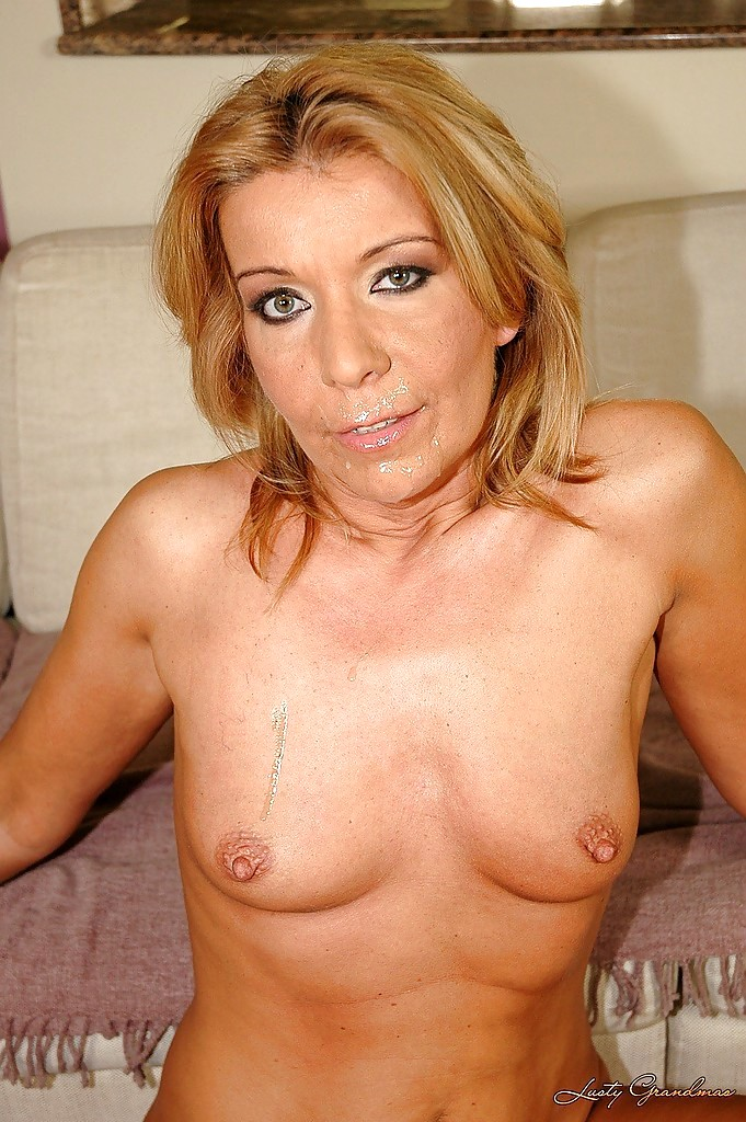Aged love blonde mature lacey star - 2 8