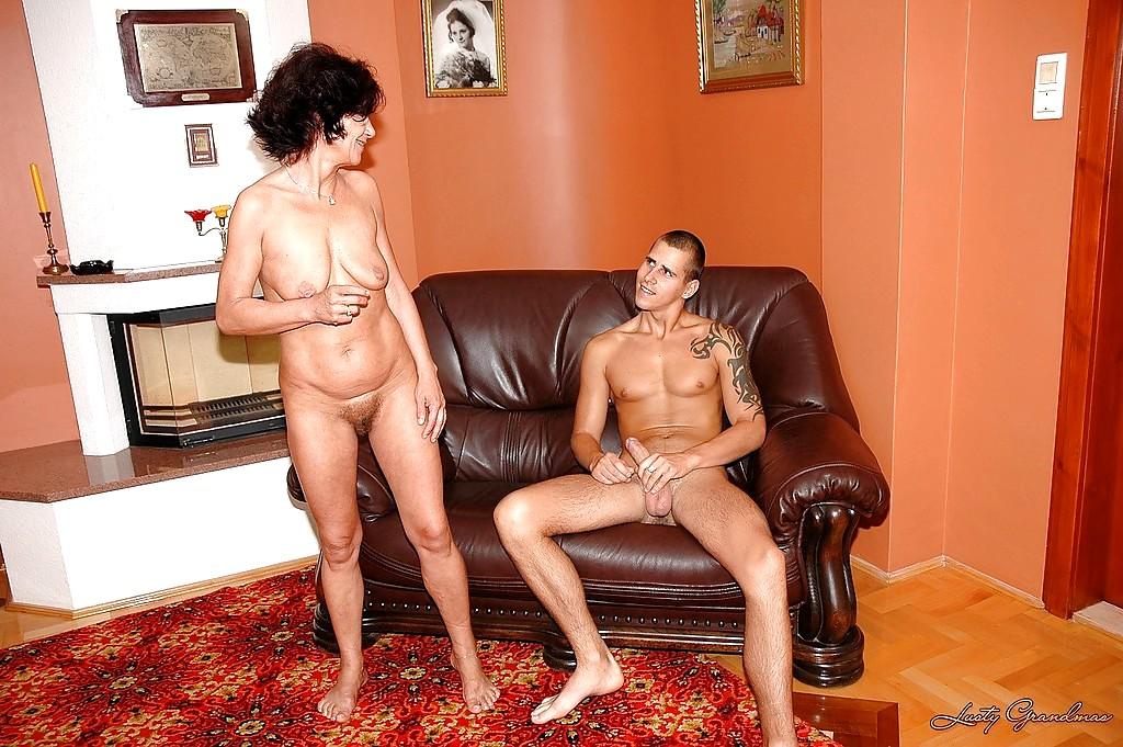 Фото голых зрелых баб со зрелыми мужиками