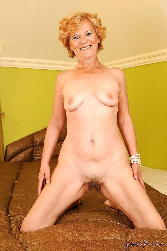 Lusty Grandmas Lili en masse Granny Xxxbook Sex Hd Pics-4145