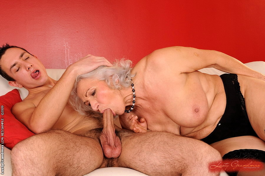самая любимая порно с старушками показат