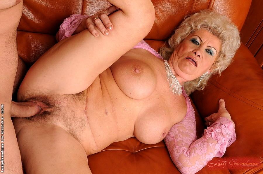 секс с пожилыми женщин фото крупно было