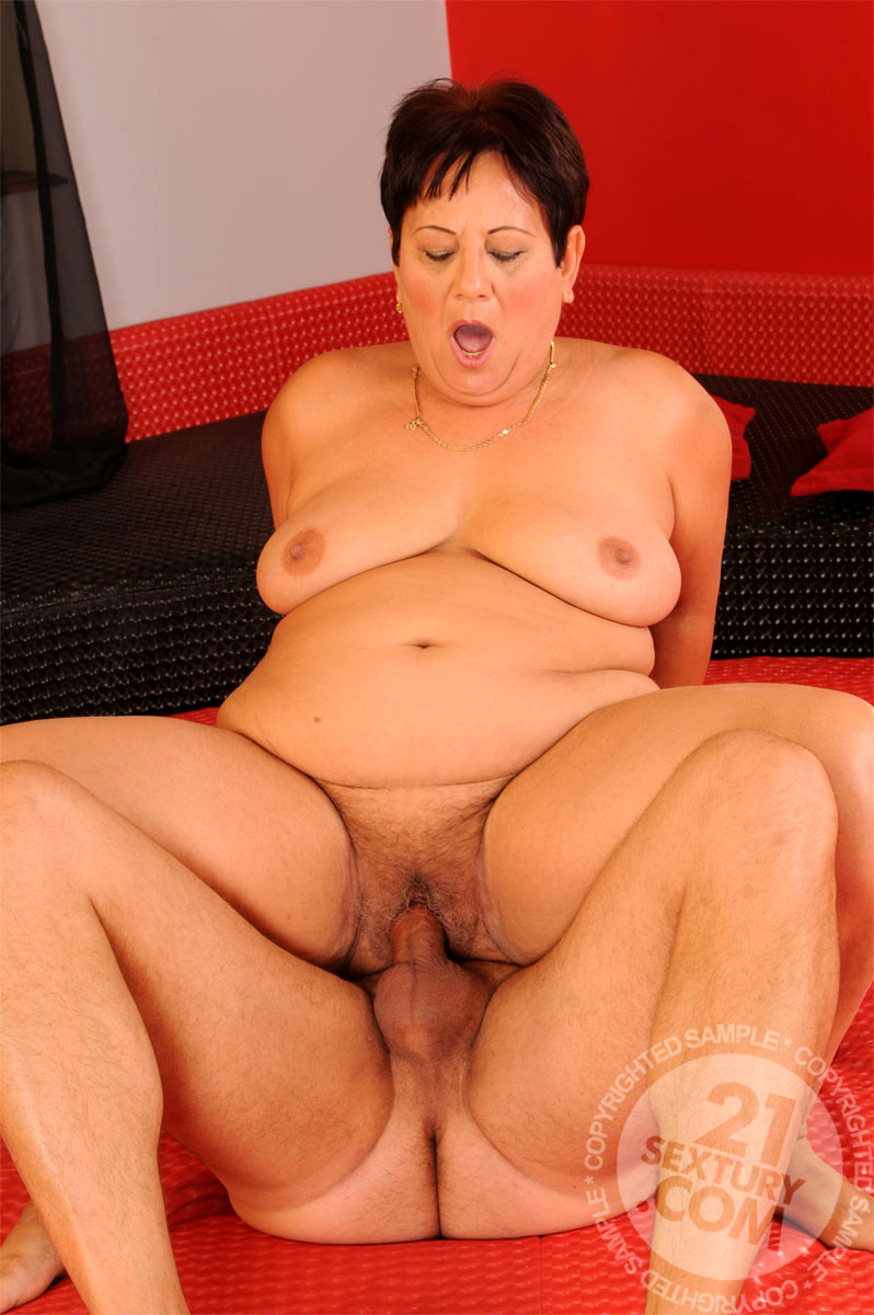 bustypassion wife on top