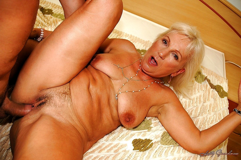 Free mature gallery pics-7710