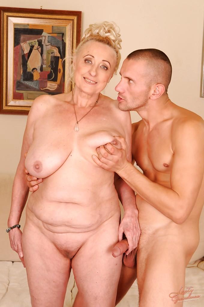 krasivogo-seks-foto-pozhilie-na-pensii-chleni