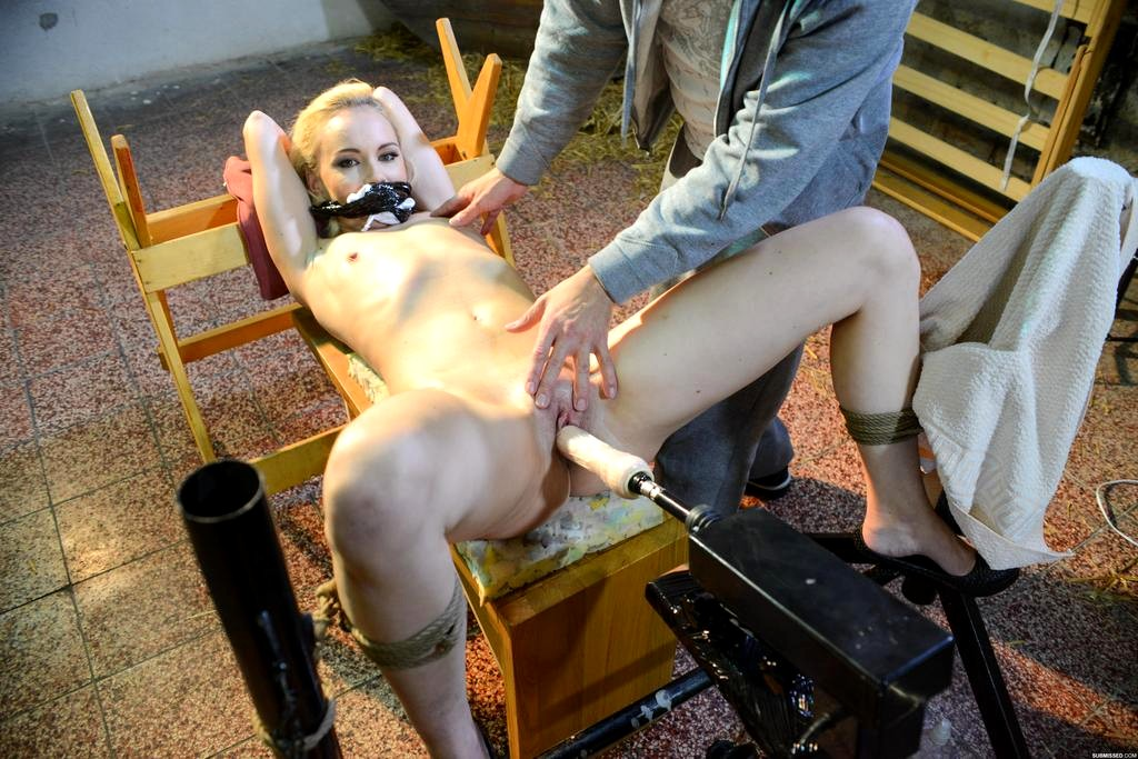sex-machine-bondage-pics