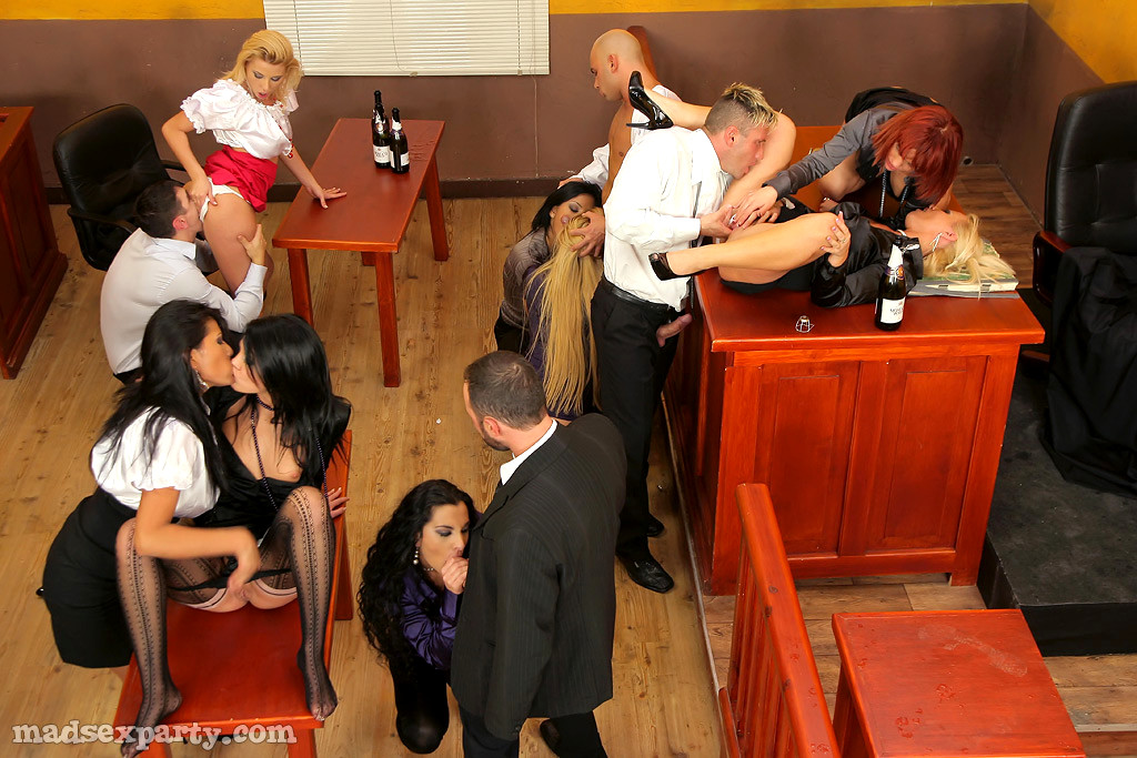 Sex on trial — pic 3