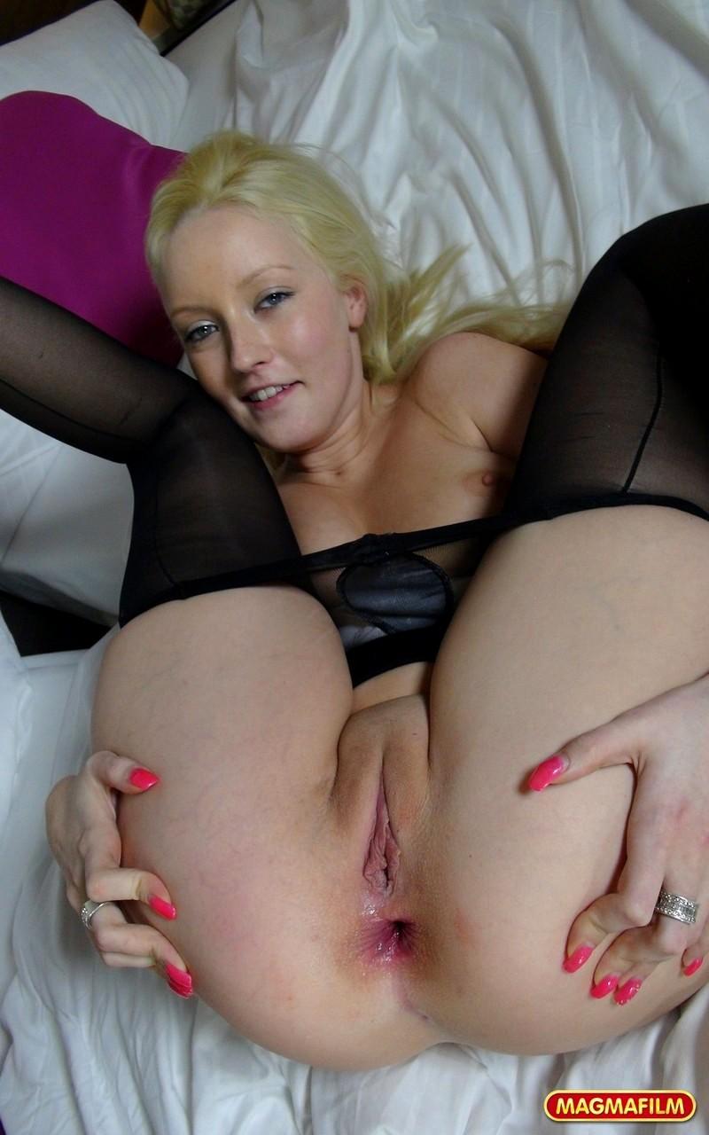Blond sex bella Dominance Scene