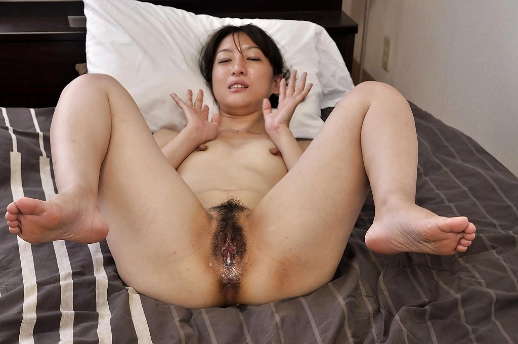 Korean Stepmom With A Hairy Pussy