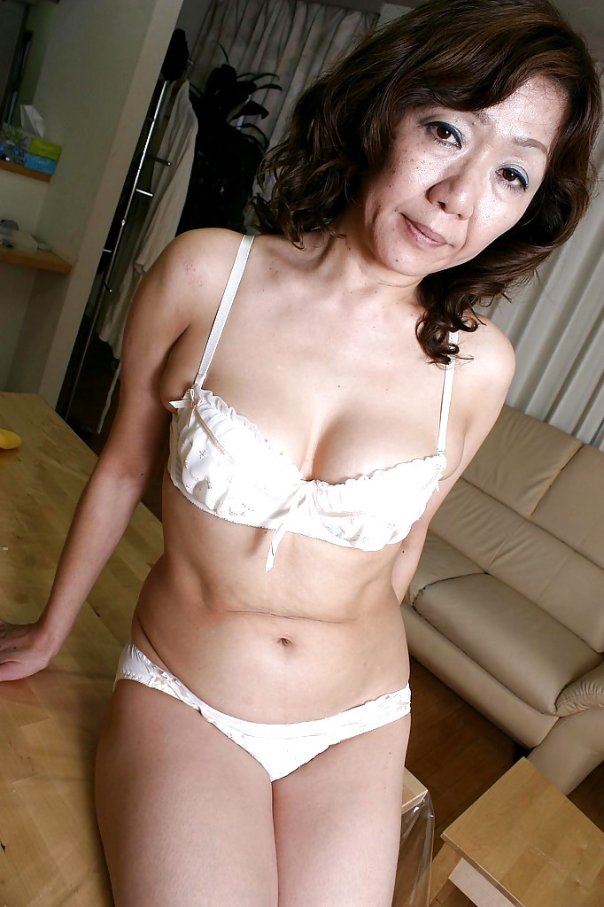 Old granny asian porn-5696